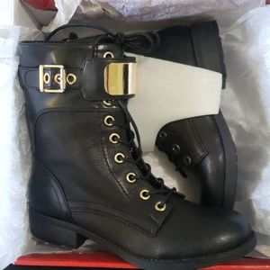 Boots-Blk Combat w/Gold Hardware
